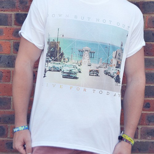 "White ""CALIFORNIA"" Live for Today Unisex Tee"